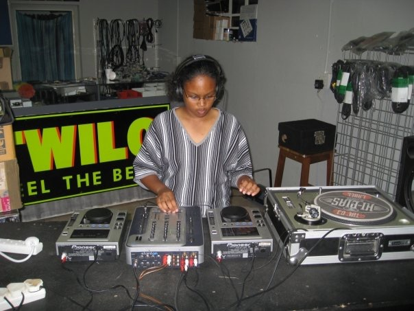 MixAcademy Dj School 2008 - Humble Beginnings 7